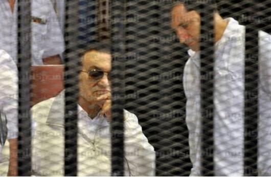 زوجة مبارك تتقدم بدعاوى قريباً للتصرف فى أمواله