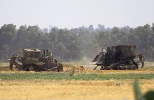 شهود عيان: توغل إسرائيلي محدود وسط قطاع غزة
