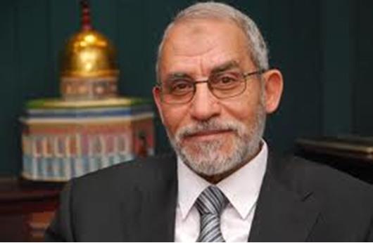 """النيابة المصرية تجدد حبس مرشد """"الإخوان"""" 15 يوما"""