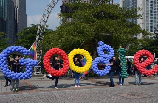 """القضاء يؤكد حق """"غوغل"""" في رقمنة ملايين الكتب"""