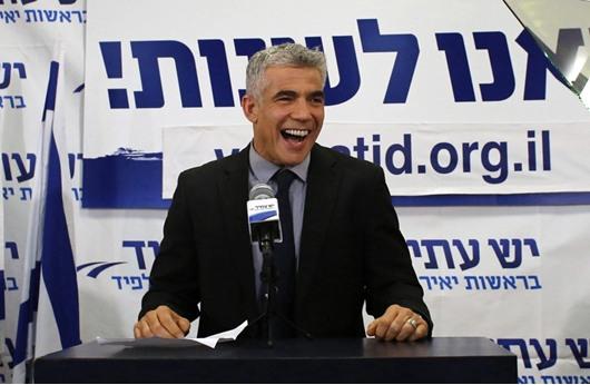 لبيد: في اسرائيل لن يكون فصل بين الدين والدولة