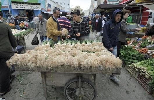 خبراء: 6 صعوبات اقتصادية أمام تونس في 2017.. ما هي؟