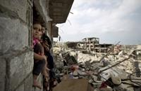 غزة بانتظار الكهرباء قبل برد الشتاء