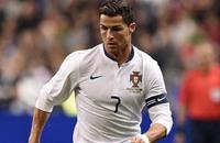 نجم كرة القدم رونالدو يحضر العرض الأول لفيلمه في لندن