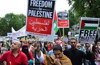 وقفة تضامن بلندن دعما لإضراب الأسرى الفلسطينيين (شاهد)