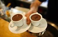 كوبان من القهوة يوميا يقللان فرص الرجال بالإنجاب