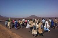 موريتانيون يسيرون 700 كلم للاعتصام أمام قصر الرئاسة