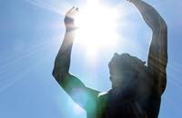 التعرض لأشعة الشمس يقي من السكري والبدانة