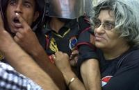 ليلى سويف تدخل في إضراب مفتوح عقب الحكم على أبنائها