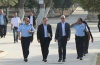 رئيس بلدية الاحتلال في القدس يقتحم المسجد الأقصى