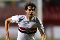 كاكا يعود لتشكيلة البرازيل أمام الأرجنتين واليابان