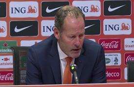 تصفيات كأس أوروبا 2016: هولندا خارج النهائيات