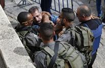 إسرائيل توقف فلسطينيا بتهمة تجنيد شبان خلال وجوده بمصر
