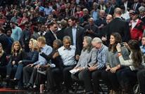 أوباما يحضر مباراة ضمن دوري السلة للمحترفين