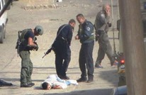 استشهاد ثلاثة فلسطينيين في الخليل والقدس (فيديو)