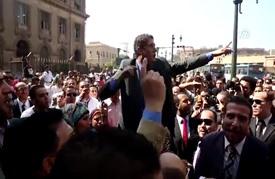 محامون مصريون يتظاهرون احتجاجا على ضريبة زادت مصروفات التقاضي