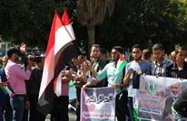 ابتهاج وفرح وتوزيع للحلوى بغزة مع توقيع المصالحة (صور)