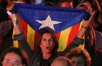 رئيس إقليم كتالونيا يعلن الاستقلال ويعلّقه لأجل الوساطة
