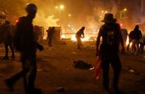 اشتباكات بين المتظاهرين ومكافحة الشغب في برشلونة (شاهد)
