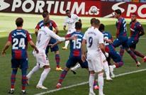 ريال مدريد يحقق فوزه الثالث بثنائية فينيسيوس وبنزيمة