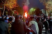 محتجون يسيطرون على القصر الرئاسي والبرلمان بقرغيزستان