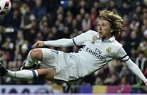 بادرة طيبة من مودريتش للبقاء في ريال مدريد.. ما هي؟