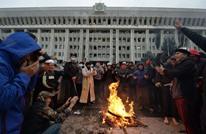 """فوضى بقرغيزستان.. والمعارضة """"تستولي على الحكم"""" (شاهد)"""