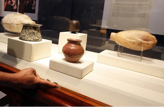 مصر تسترد 90 قطعة أثرية من قاعة مزادات بالقدس