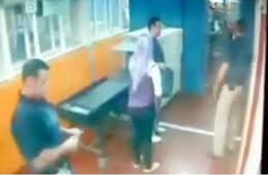 اعتقال فلسطينية حاولت طعن جندي إسرائيلي