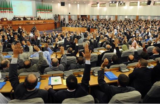 البرلمان الجزائرى يُقر الميزانية ويرفض تعديلات المعارضة