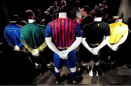برشلونة يمدد شراكته مع اليونيسيف حتى 2016