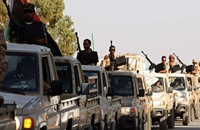 """استهداف الآمر العسكري لـ""""بنغازي"""" بتفجير سيارته"""