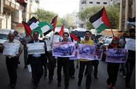 فلسطينيون يطالبون بإنقاذ الأسرى المرضى (محدث)