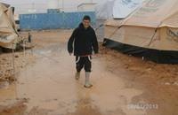 اللاجئون السوريون في لبنان يترقبون الشتاء بقلق
