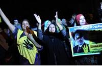"""المصريون يتحدّون """"قانون التظاهر"""" بعد سريانه"""