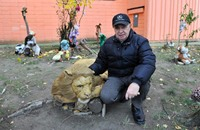 سلوفاكي يفتح حديقة لدمى الحيوانات القطنية