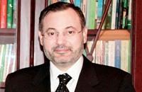 المنظمة العربية لحقوق الانسان: توقيف منصور عمل غير مسؤول
