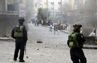مواجهات عنيفة بين فلسطينيين والجيش الإسرائيلي بالضفة
