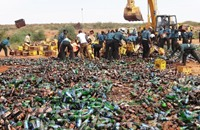 نيجيريا تتلف 240 ألف زجاجة بيرة