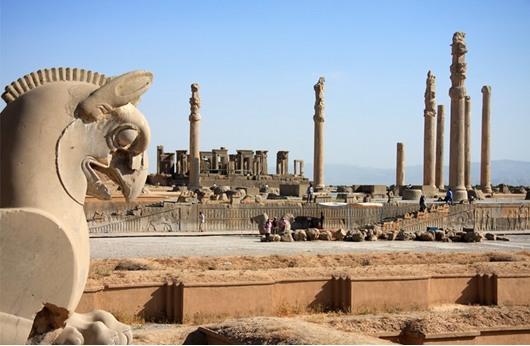 اكتشاف هيكل تاريخي جنوب إيران