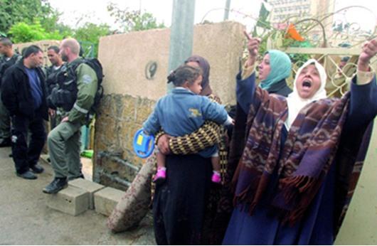 الاحتلال يهدد بهدم مئات الشقق الفلسطينية في القدس