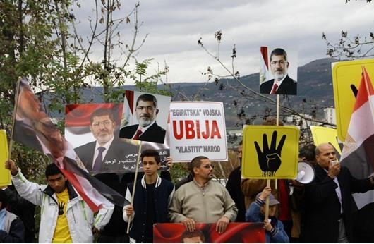 """""""أبو الفتوح"""": بريئون من محاكمة مرسي"""