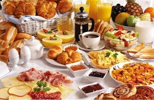 دراسة: فائض العائلات البريطانية ست وجبات في الأسبوع