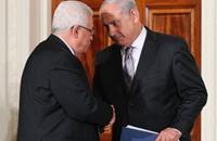 صحيفة إسرائيلية: صفقة وراء تحويل أموال الضرائب للسلطة