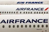 مصممة فرنسية تقاطع شركة طيران فرنسية بسبب القرود