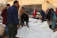 ارتفاع ضحايا قصف النظام السوري على الرقة إلى 130