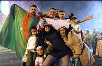 الجزائريون يسخرون من تقرير عدّهم أسعد شعوب العرب