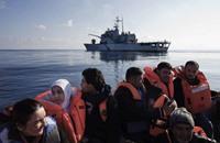 شبان سوريون بتركيا يقضون أوقاتهم بحثا عن طريق لأوروبا