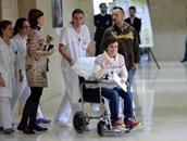 ممرضة إسبانية تغادر المستشفى بعد شفائها من فيروس إيبولا