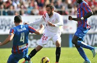 إشبيلية خامس الدوري الإسباني بتعادله مع ليفانتي